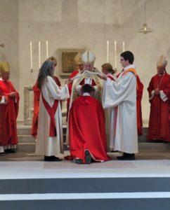 Hand-Aulegung bei der Bischofsweihe