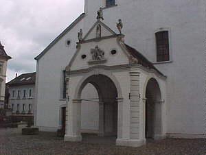 Das Chorherrenstift St. Martin, sein Ende und das Danach