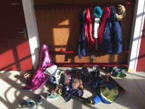 Religionsunterricht Garderobe