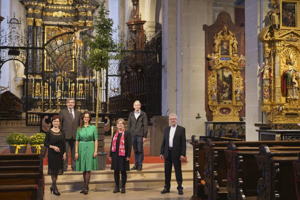 Luzerner Landeskirchen pflanzen Bäume