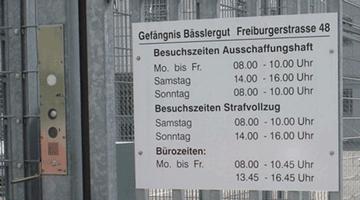 Asylwesen: Sache des Staats?