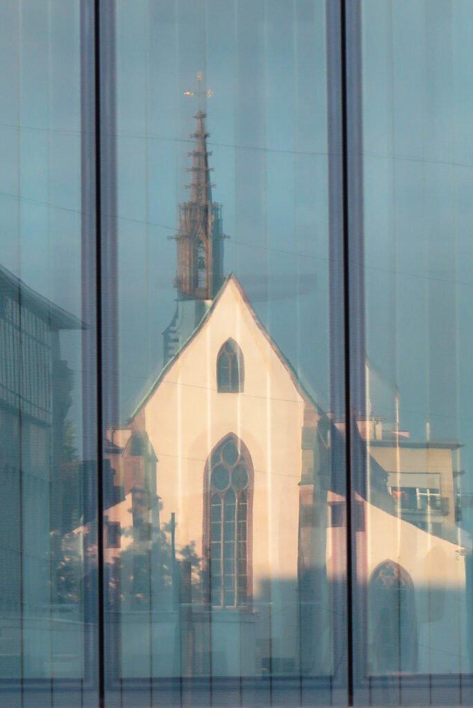 Migrationsgemeinde? – Neue Einsichten in die Geschichte der Basler Kirchgemeinde