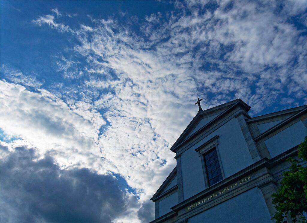 Am 5. März ab 12.01 Uhr läuten die Glocken für die mehr als 9000 Corona-Toten in der Schweiz