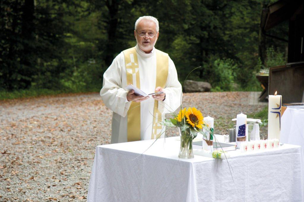 Waldgottesdienst 2017 – Petrus wirkte bei der Taufe mit